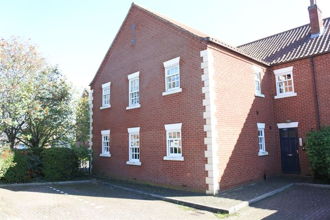 2 bed flat for sale in New Street, Grantham NG31