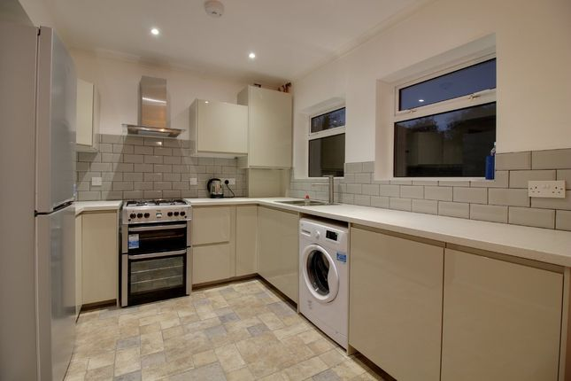 Thumbnail Semi-detached house to rent in Carpenter Way, Potters Bar