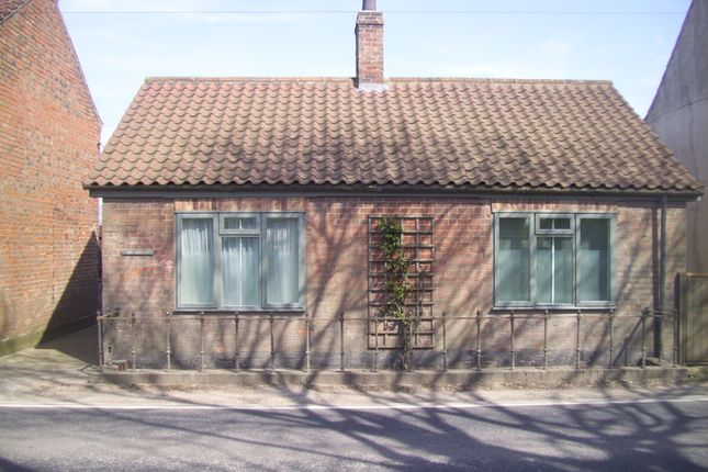 Thumbnail Detached bungalow for sale in Silver Street Baumber, Horncastle