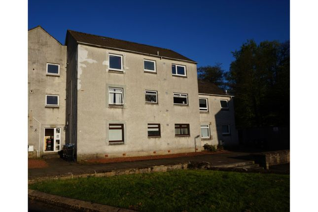 Thumbnail Flat for sale in Ladeside, Newmilns