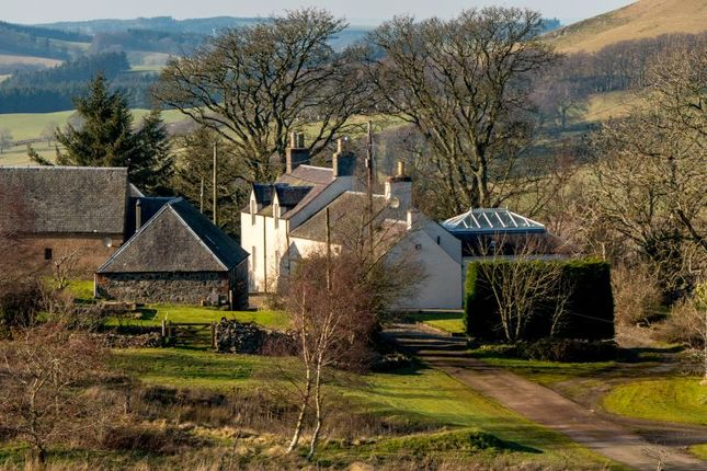 Thumbnail Farmhouse for sale in Broughton, Biggar