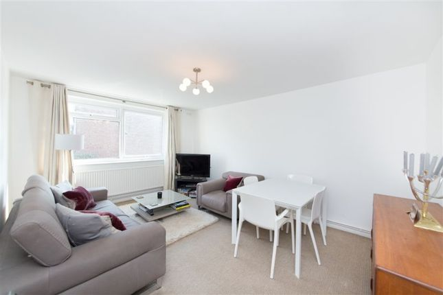 Thumbnail Flat to rent in Inglewood Road, West Hampstead
