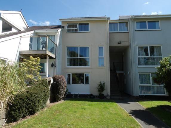 Thumbnail Flat for sale in Ffordd Garnedd, Y Felinheli