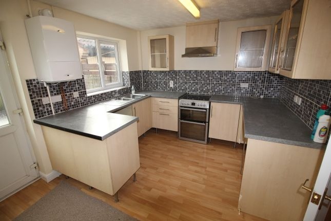 3 bed detached house to rent in Kingfisher Close, Nottingham