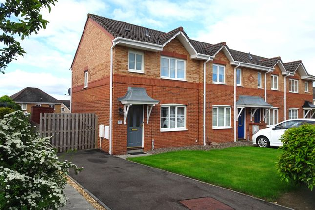 Thumbnail End terrace house to rent in Dover Heights, Dunfermline