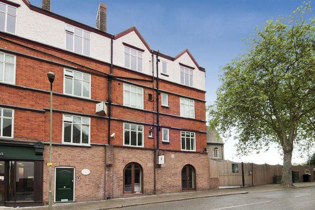 Flat to rent in Hoop Lane, Golders Green