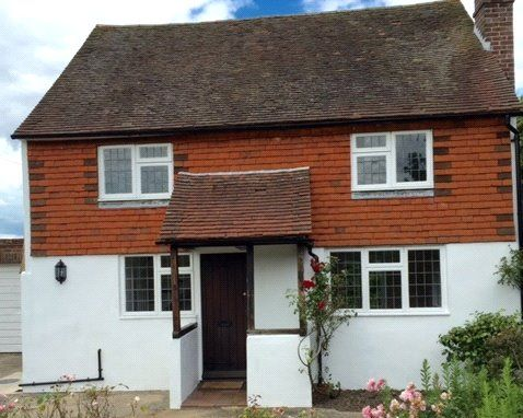 3 bed detached house to rent in Crockhurst Street, Tudeley, Tonbridge, Kent TN11