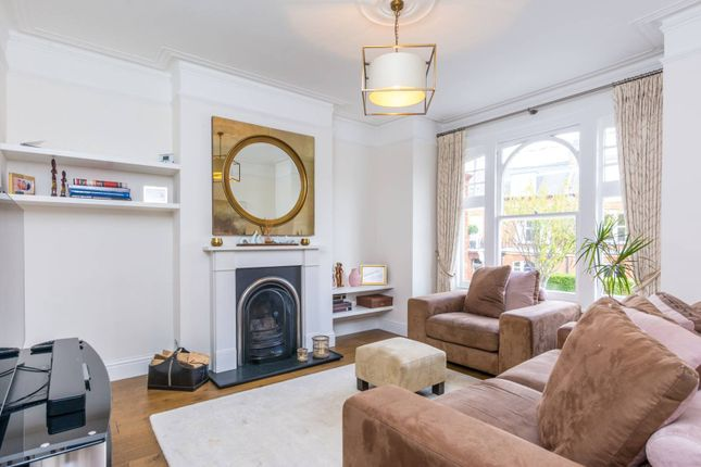 Thumbnail Flat to rent in Felsham Road, West Putney, London