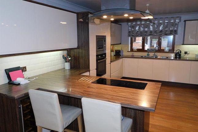 d/Kitchen 1 of William Way, Wainfleet, Skegness PE24