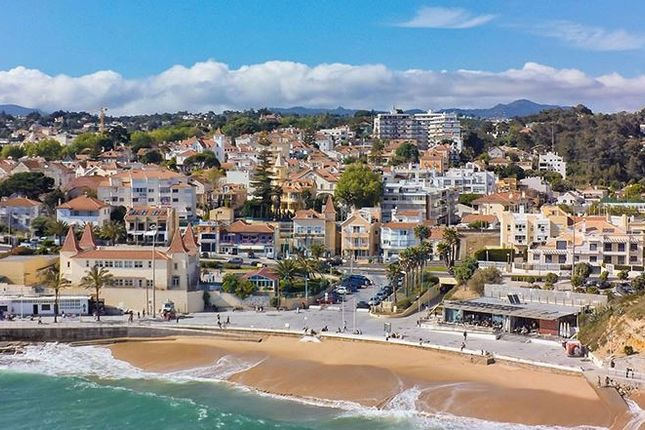 Thumbnail Property for sale in R. Inglaterra 722, 2765-231 Estoril, Portugal