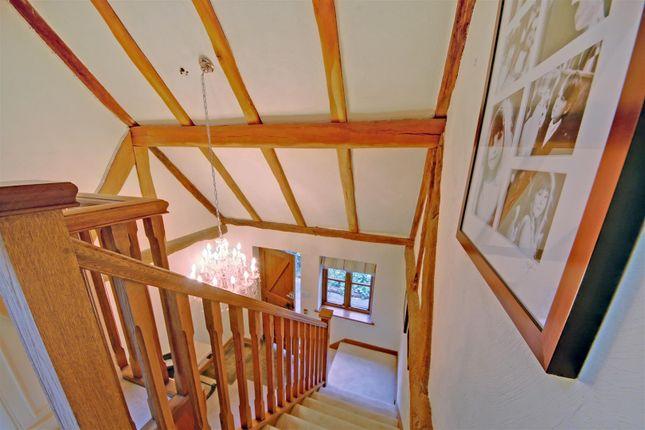 Stairwelld_Dp_4257310