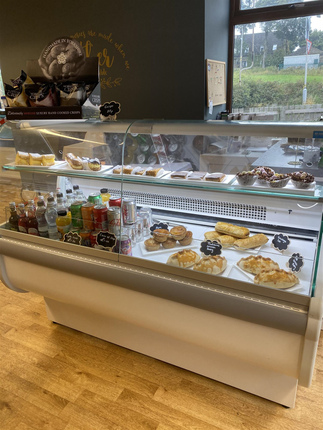Thumbnail Restaurant/cafe for sale in Cafe & Sandwich Bars HD8, Lepton, West Yorkshire