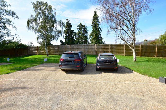 Parking of Fred Mead, Southfleet, Gravesend DA13