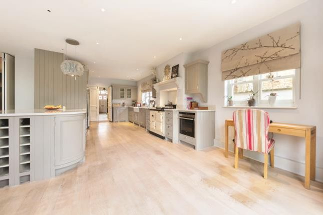 5 bed semi-detached house for sale in Dryburgh Road, London