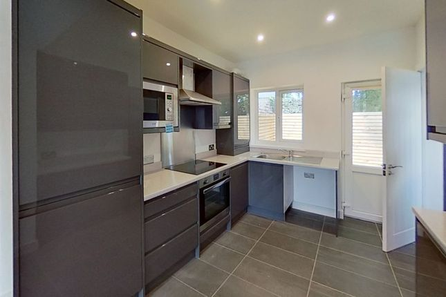 2 bed semi-detached house to rent in Woodbine Road, Blackwood NP12