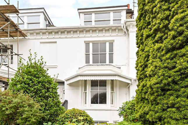 1 bed flat for sale in Clifton Terrace, Brighton, East Sussex BN1