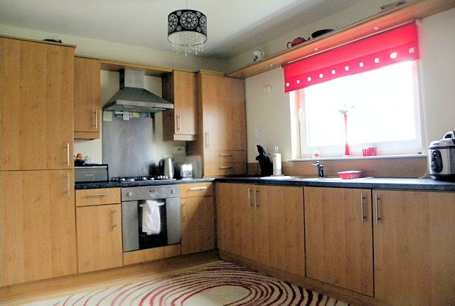 Thumbnail Flat for sale in Silverbanks Gait, Cambuslang