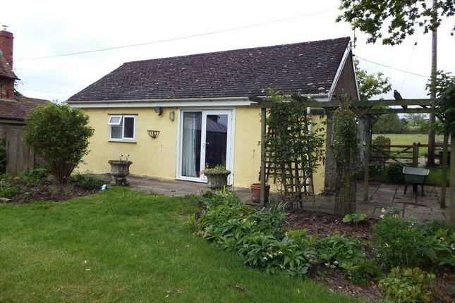 Thumbnail Detached bungalow to rent in Silton, Gillingham