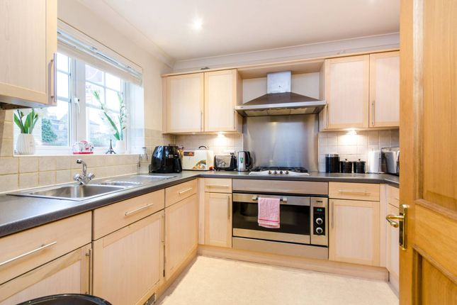 Thumbnail Property for sale in Merton Road, Wimbledon
