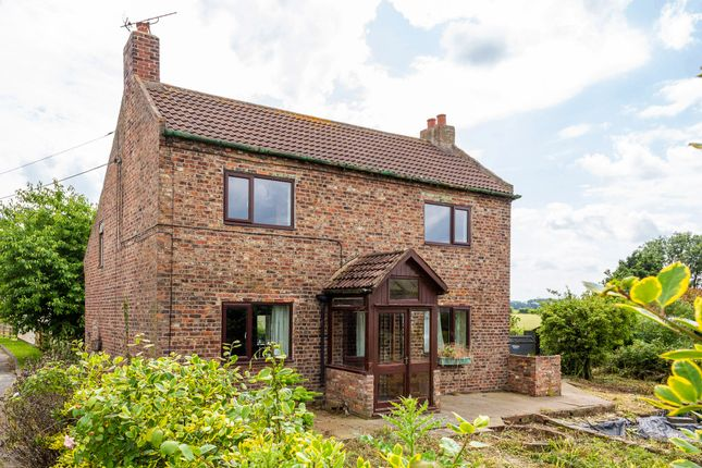 Thumbnail Detached house for sale in Main Road, Hirst Courtney, Selby