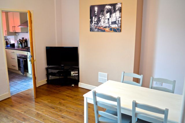 Thumbnail Terraced house to rent in Drake Street, Lincoln
