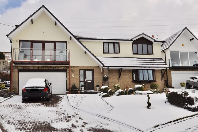 Thumbnail Property for sale in Fawns Keep, Stalybridge