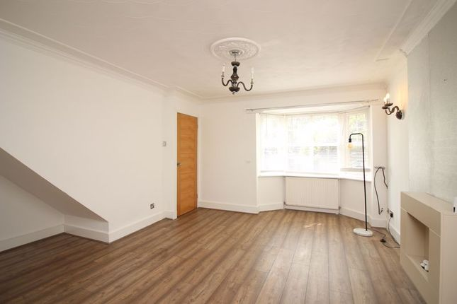 Living Room of Isis Close, Salford M7