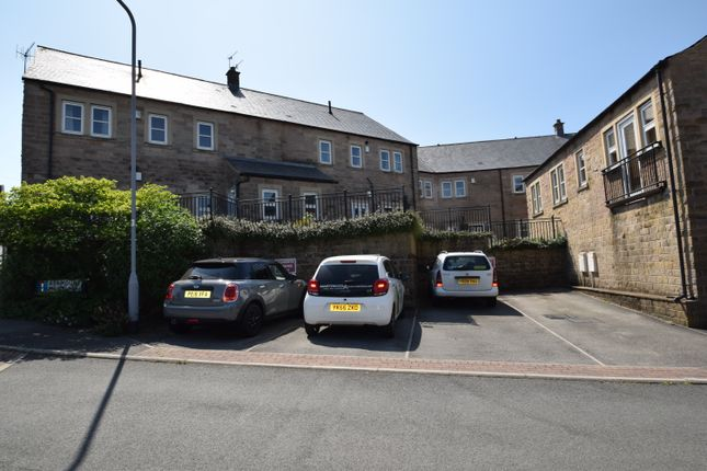 Thumbnail Flat for sale in Ashmount Mews, Haworth, West Yorkshire