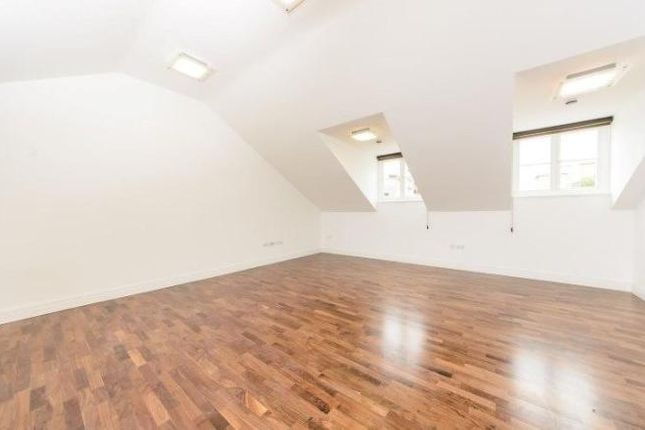 Thumbnail Flat to rent in North Road, Brentford