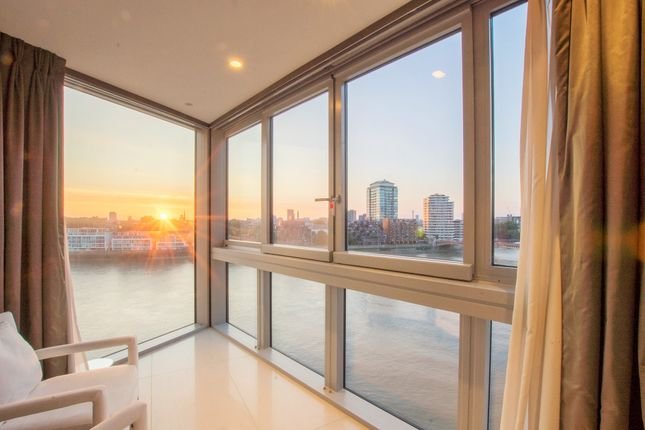 Thumbnail Shared accommodation to rent in St George's Wharf, Vauxhall