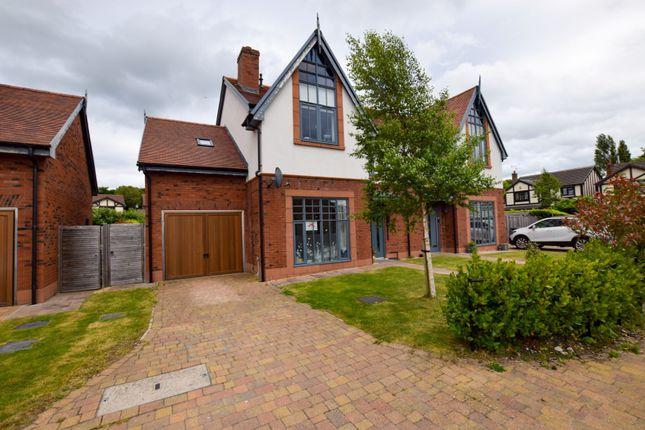4 bed semi-detached house for sale in Algernon Close, Parkgate CH64