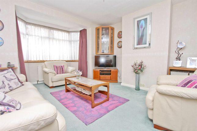 28Greystoke - Living Room
