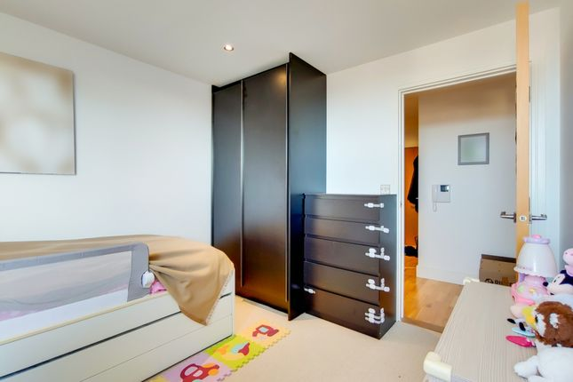 5_Bedroom 2-1 of Dowells Street, London SE10