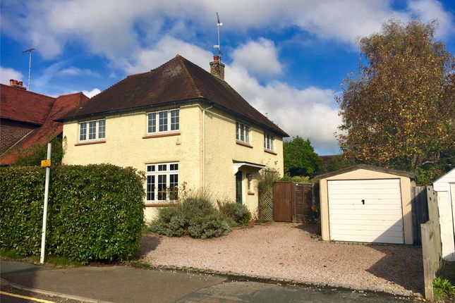 Thumbnail Detached house to rent in Beatrice Road, Oxted, Surrey
