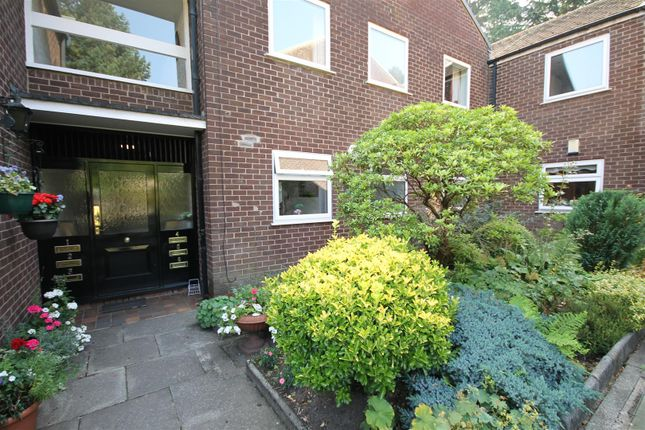 2 bed flat for sale in Maple Lodge, Roe Green Avenue, Worsley, Manchester M28