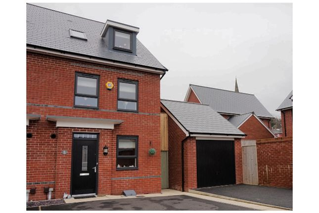 Thumbnail Semi-detached house for sale in Castleton Hamlett, Rochdale