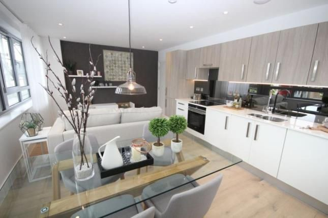 Thumbnail Flat for sale in Station Road, New Barnet, Barnet