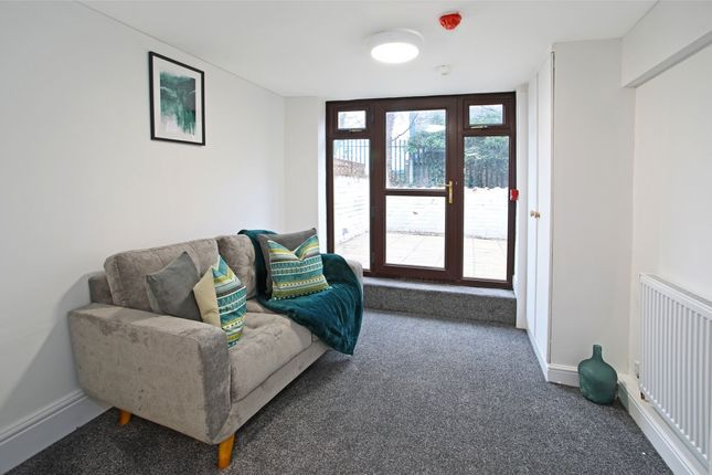 Thumbnail Room to rent in Caxton Street, Barnsley