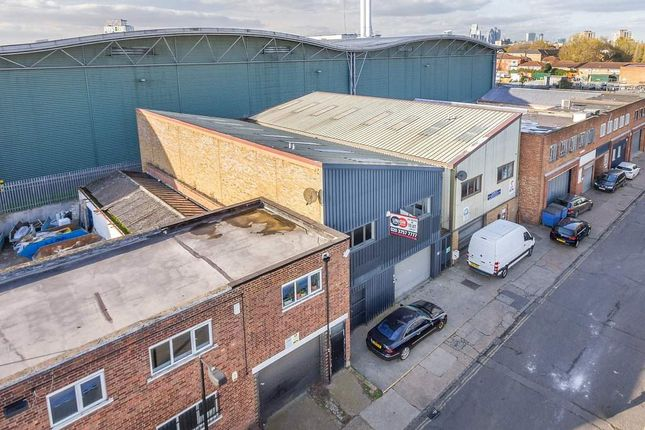 Thumbnail Warehouse to let in 137, Ormside Street, London