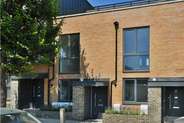 Thumbnail Terraced house for sale in Sevenoaks Road, London
