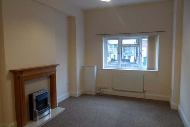 Thumbnail Maisonette to rent in New Road, Portsmouth