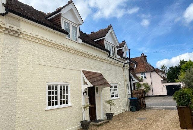 Thumbnail Mews house to rent in Dharma Court, 27 East Hill Road, Oxted, Surrey