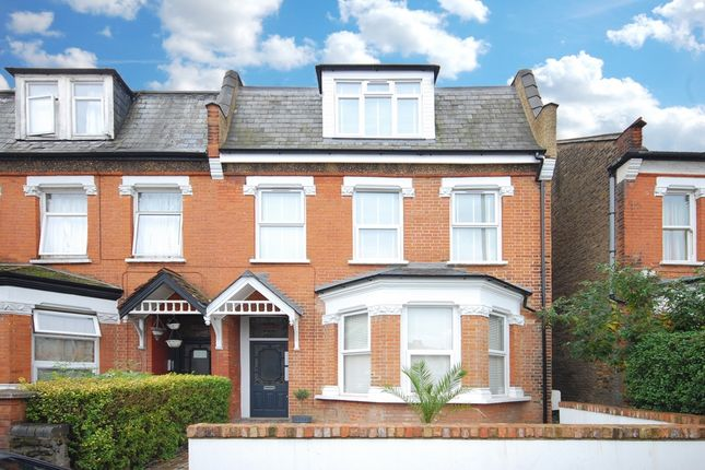 2 bed flat for sale in Woodhouse Road, London