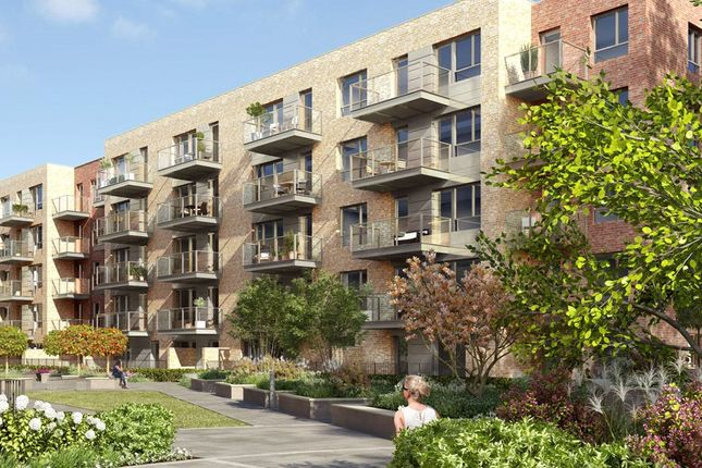 Thumbnail Flat for sale in Smithfield Square, Crouch End