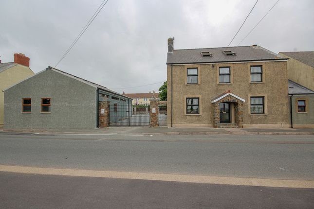 Thumbnail Link-detached house for sale in Marble Hall Road, Milford Haven