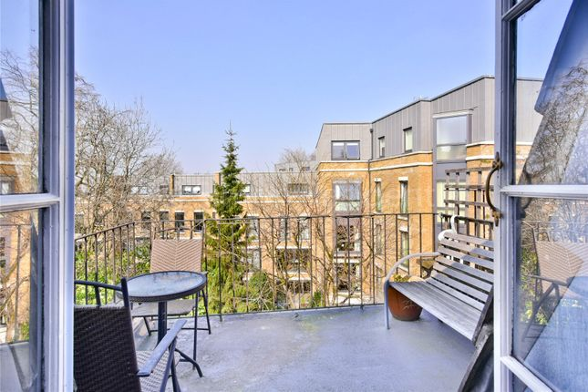 Picture No. 11 of Lucerne Road, Highbury, London N5