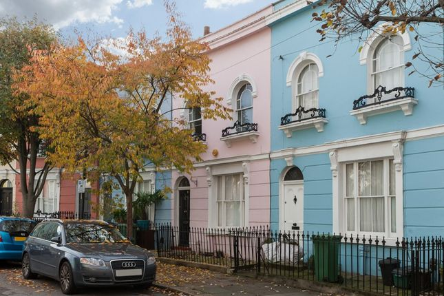 2 bed terraced house to rent in Kelly Street, London
