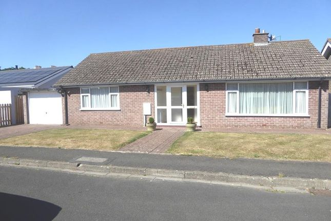 Thumbnail Bungalow to rent in Farrants Park, Castletown, Isle Of Man