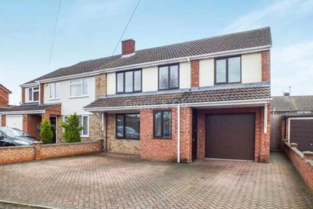 4 bed semi-detached house to rent in Princes Drive St Neots, St Neots PE19