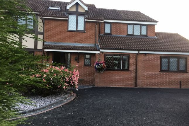 Thumbnail Property to rent in Linnet Rise, Kidderminster
